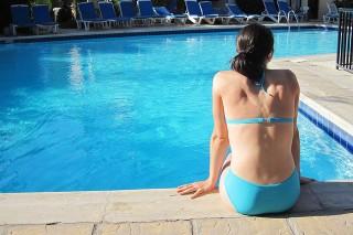 bikini-15730_640